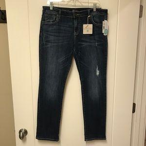 KUT Jeans Stitch Fix NWT Boyfriend w/ Distress 10P